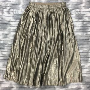 NWOT Gap Metallic Pleated Midi Skirt - Gold